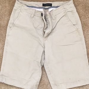 Aeropostale light tan shorts
